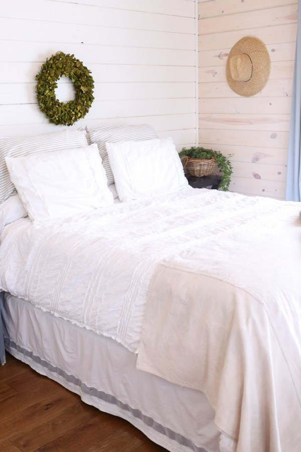 Layered Bedding With Skirt   This Mamas Dance