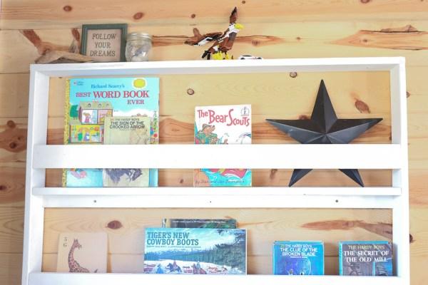 Reading Corner, Desk, Bookshelf, Planked Walls| Mamas Dance-6