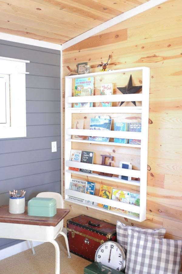 Reading Corner, Desk, Bookshelf, Planked Walls  Mamas Dance-9