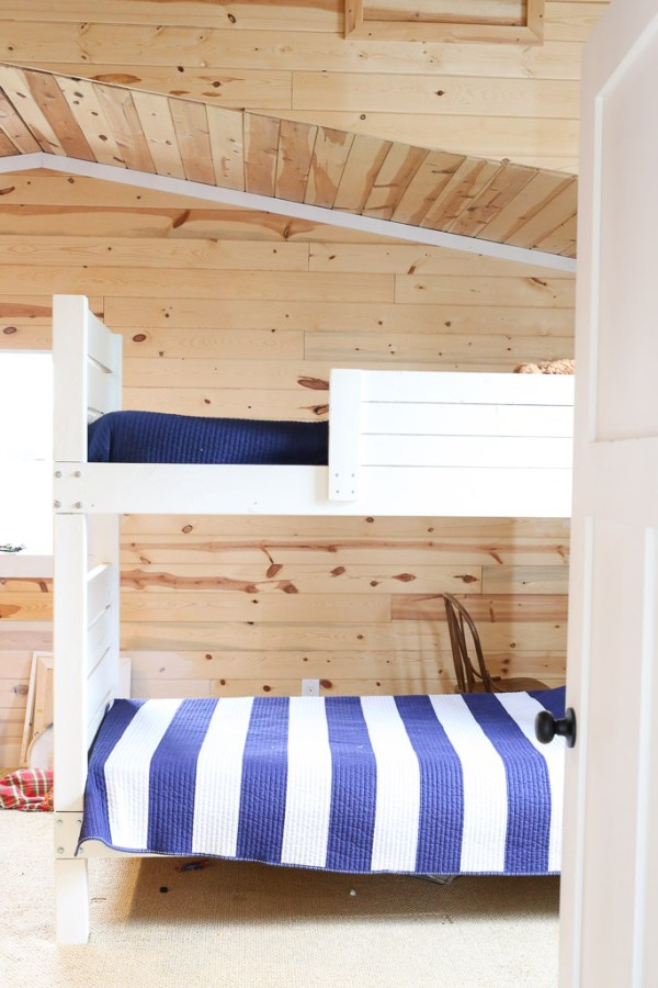 DIY Bunk beds, White Walls |This Mamas Dance-1
