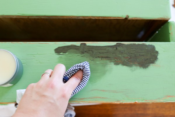 How to Use Antiquing Wax to Age Painted Pieces | This Mamas Dance-5