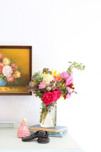 Vintage Floral Painting | This Mamas Dance-3