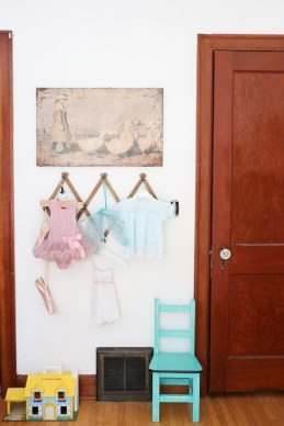 Vintage Little Girl's Room| This Mamas Dance-1