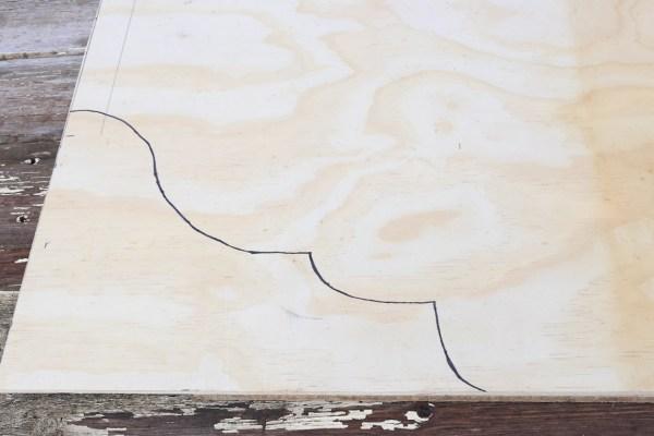 how-to-build-a-pallet-headboard-via-mamas-dance-13