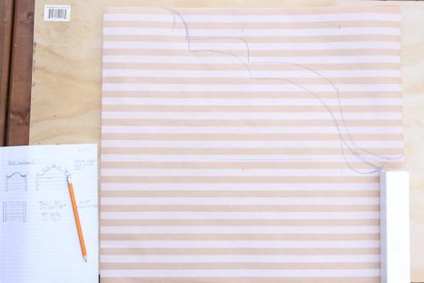 how-to-build-a-pallet-headboard-via-mamas-dance-5