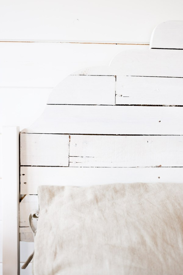 scallop-shiplap-bed-via-this-mamas-dance-11