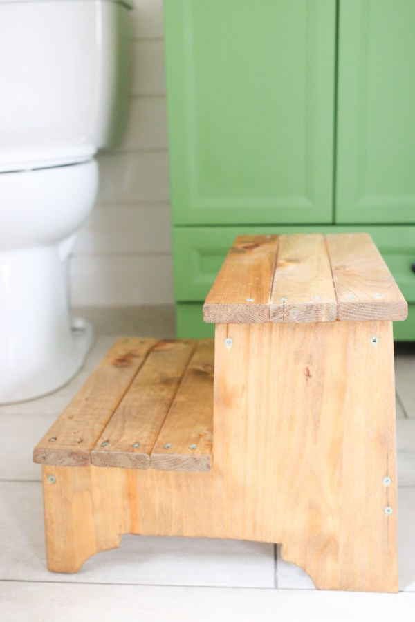 rustic-step-stool-this-mamas-dance-4