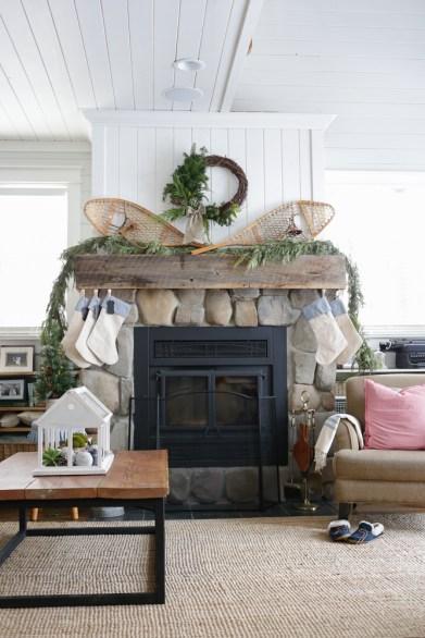 Cottage Christmas Living Room-2