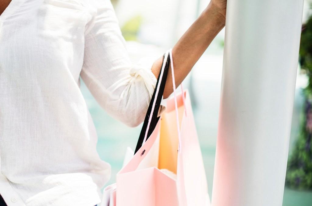 shopping pink bag shopping day