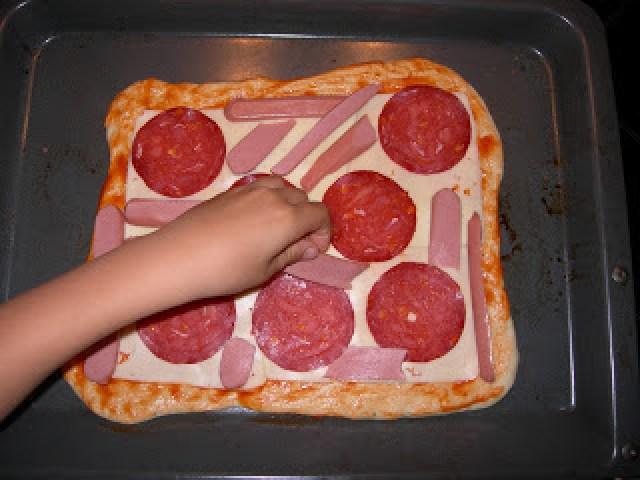 cocinar niños casa mamá pizza comer diversión