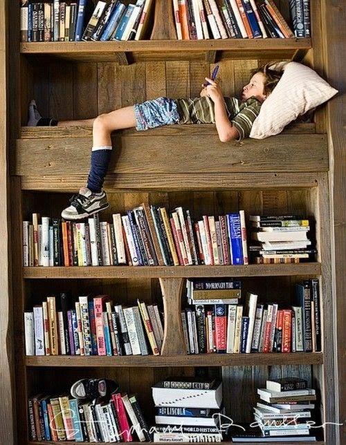 Libros con mucha fantasía, niños felices con mucha imaginación
