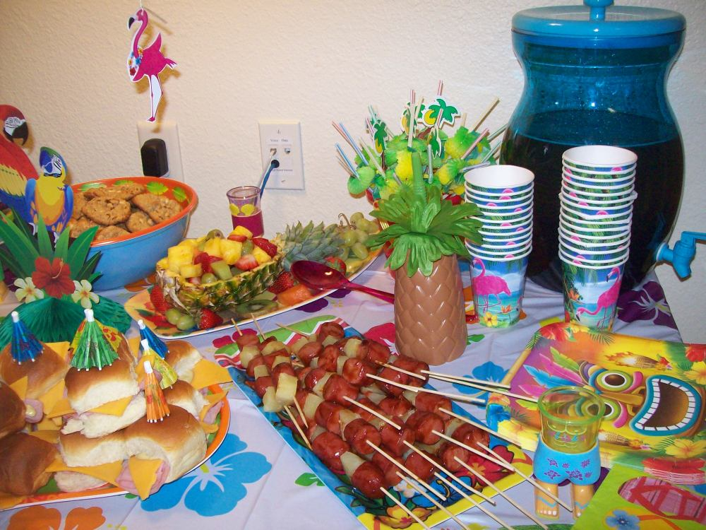 Luau Party Foods (3/6)