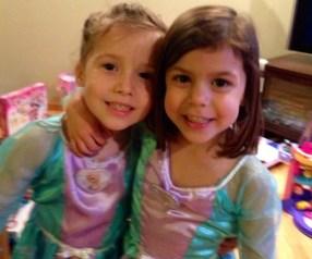 Elsa Twins!