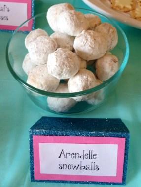 Arendelle Snowballs