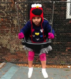 Anna con Elmo