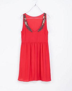 Vestido rojo - 20 dólares en Zara