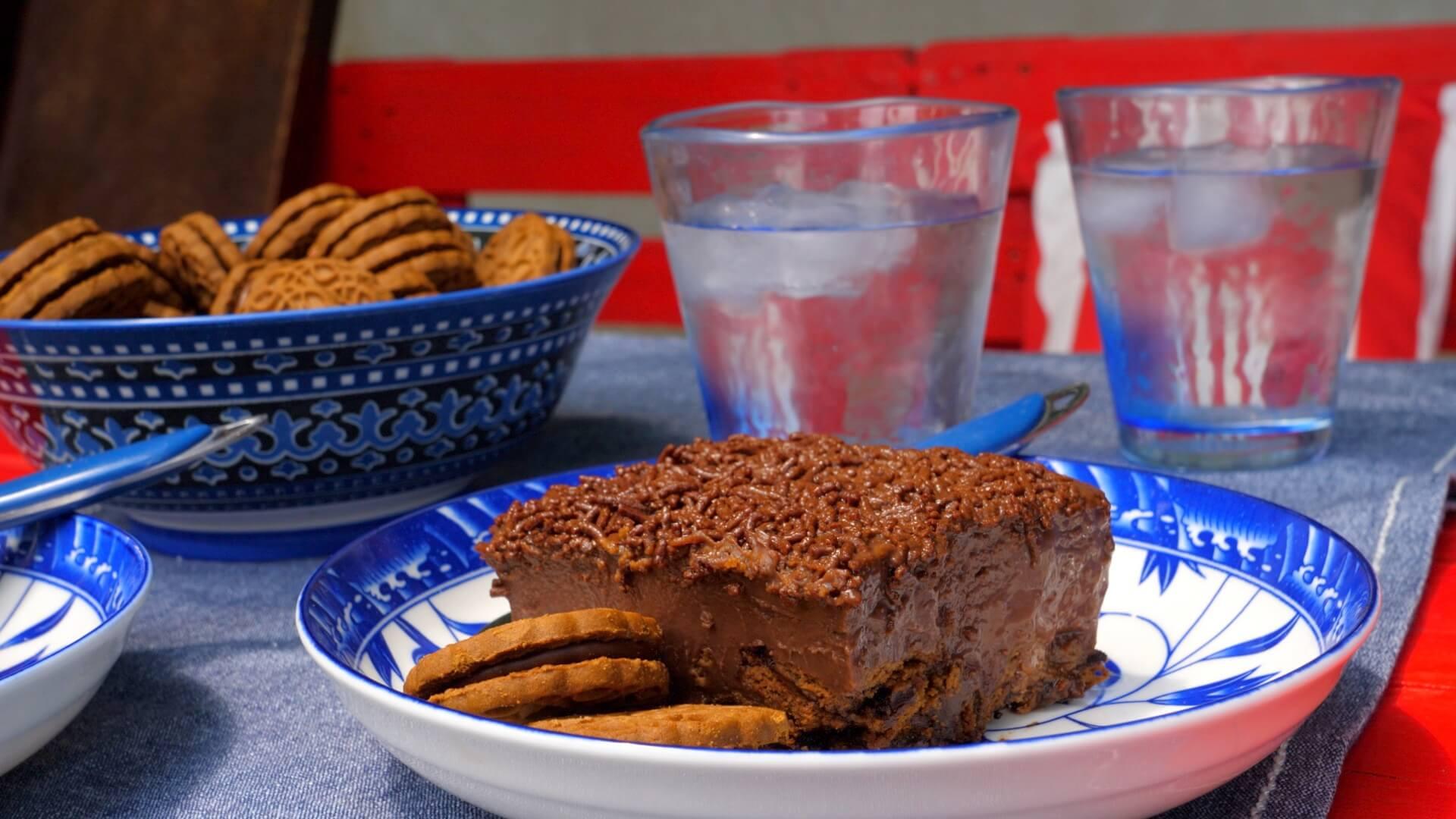 Πανεύκολο Σοκολατένιο Μπισκοτογλυκό Ψυγείου – video
