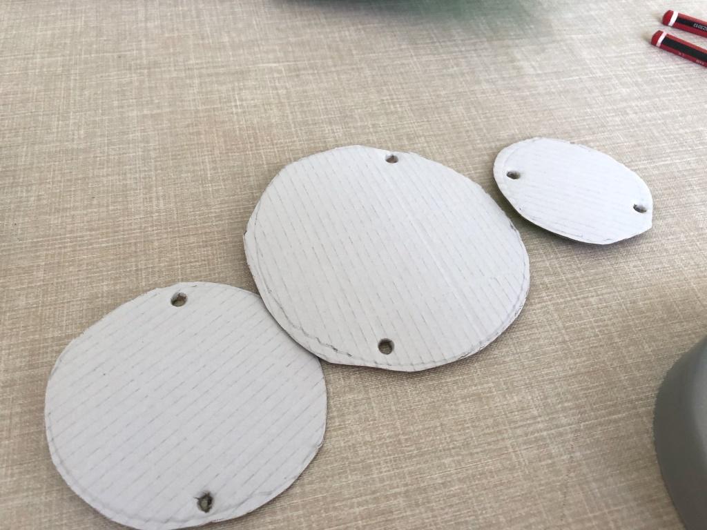 circulos de cartón para un móvil
