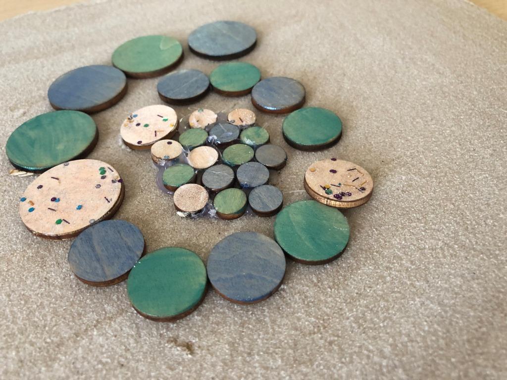 espiral de madera para juego de mesa