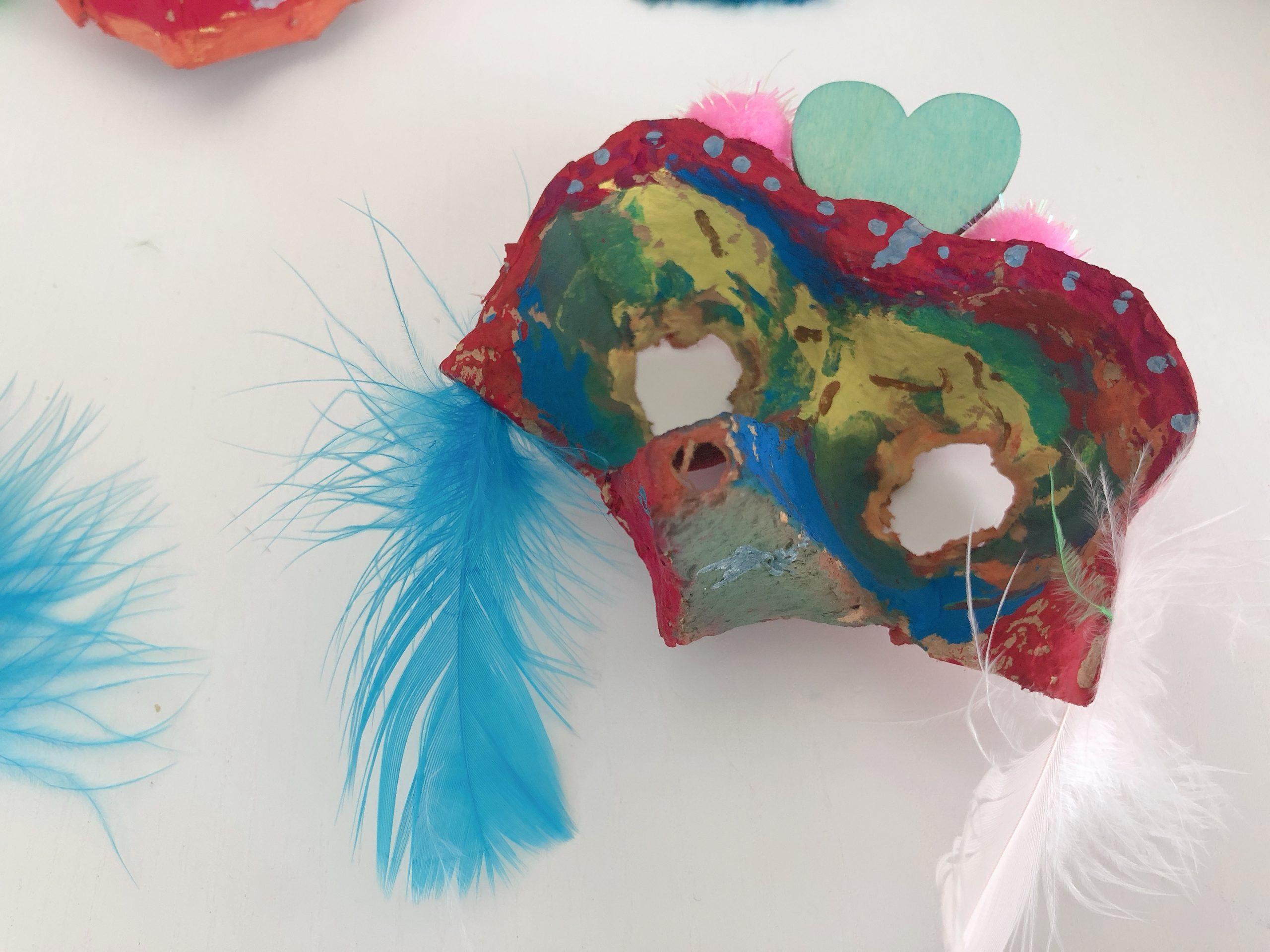 mascaras de material reciclado