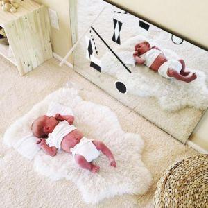 Juega con tu bebé frente al espejo
