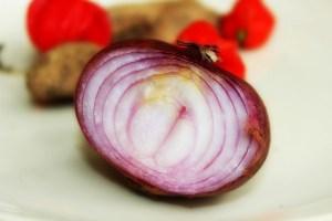 El remedio de la cebolla para acabar con la tos