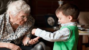 Cuando abusamos de la ayuda de la abuela