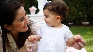 ¿Por qué aplico la técnica de la hamburguesa para criar a mi hija?