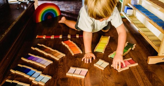 ¿Qué son los periodos sensibles en el método Montessori?