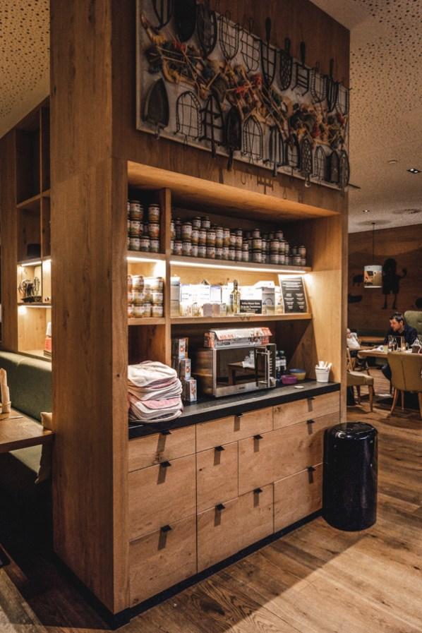 Die Hipp Bar im Kinderhotel Dachsteinkönig