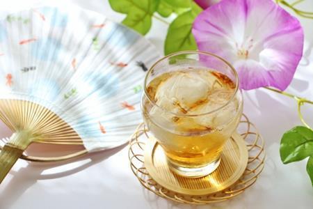 塩入り麦茶は熱中症予防になり夏のスポーツに最適な飲料って本当?