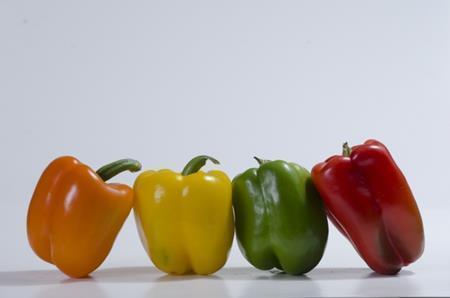 パプリカに含まれている栄養とは?食べ過ぎると体に悪影響が?