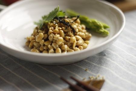 納豆は栄養が豊富で効能も凄い!でも食べ過ぎると体に悪い?
