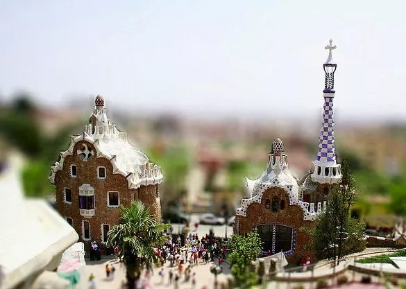 barcelona mini - 30+ Awesome Examples of Tilt-Shift Photography