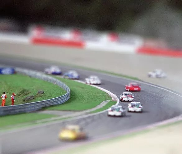 mini porshe - 30+ Awesome Examples of Tilt-Shift Photography