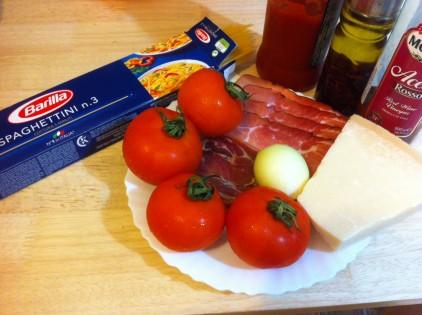 spaghete all amatriciana