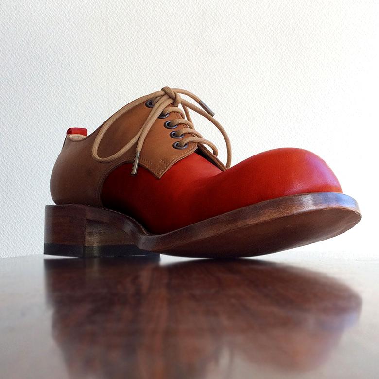 ヒラキヒミ。おでこ靴