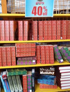 Scholastic Christmas Warehouse Sale 2016