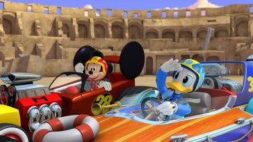 """MICKEY AND THE ROADSTER RACERS - """"Race for the Rigatoni Ribbon!"""" - Mickey and the gang compete against Piston Pietro throughout Rome, while a runaway giant meatball chases after Goofy. This episode of """"Mickey and the Roadster Racers"""" airs Monday, January 16 (12:00 - 12:25 P.M. EST) on Disney Junior. (Disney Junior) MICKEY MOUSE, DONALD DUCK"""