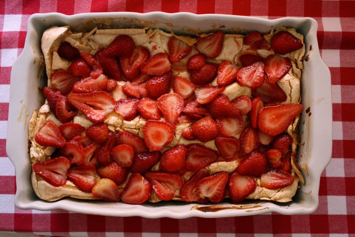 Torta alemana de fresas (o el ama de aspas)