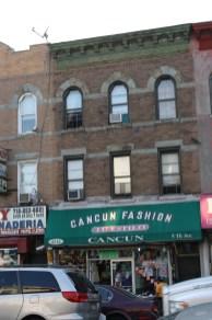 La Quinta Avenida está llena de negocios mexicanos.