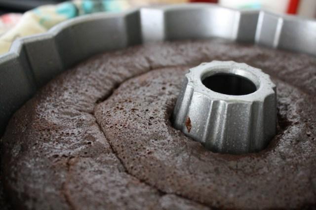 Pastel de chocolate y café para toda ocasión recién salido del horno. Foto: Ana Cristina EnríquezFoto: Ana Cristina Enríquez