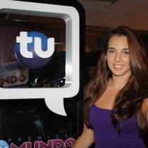 La mexicana Kendra Santacruz, estrella juvenil que hemos visto en varias telenovelas, pasó la tarde con nosotras.