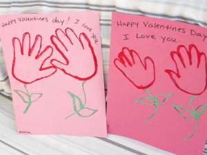 Valentines-day-crafts-for-toddlers-and-preschoolers-handprint-flowers
