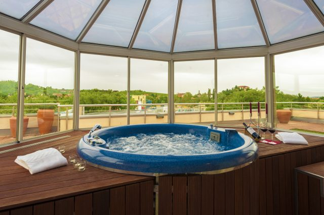 Presidential suite_massage pool_Grand Hotel Primus_Terme Ptuj_Foto Z Vogrincic_1009 14