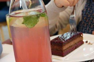 Urlaub mit Kindern in Wien: Tischmanieren spielerisch lernen
