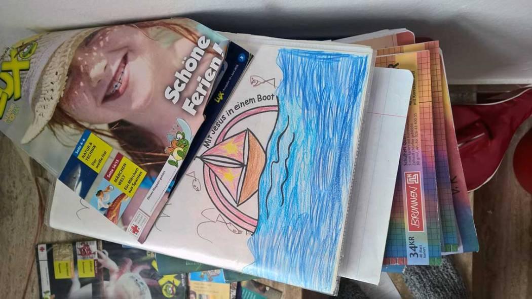 Homeschooling und Coronavirus - wiederverwertbare Schulsachen: Minimalismus in der Großfamilie - wie geht das? Vom Ausmisten und Aufheben!