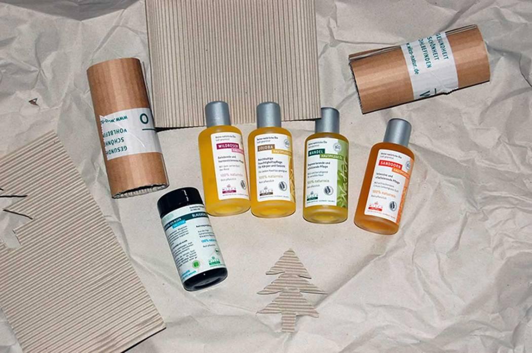 Verpackung sparen im Bad: Naturkosmetik im Glasflacon