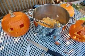 Kürbisköpfe: Halloween Deko ohne Plastik & Kürbissuppe