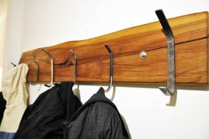 Garderobe aus Alteisen Upcycling DIY Projekt